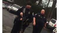 Policisté si spletli zvuk Hondy Integra se střelbou z AK-47, na místo dorazili i policisté z pohotovostních jednotek