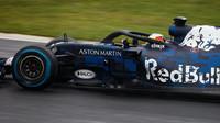 Prvotní test nového Red Bullu RB14 v Silverstone