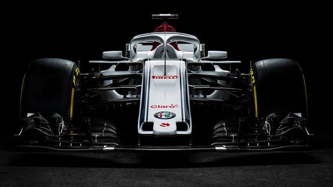 Sauber C37- Ferrari už řádí v Barceloně