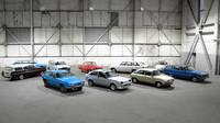 Jaguar Land Rover rozprodává sbírku klasik. Luxusní vozy chybí chybí, překvapí Lada nebo Polski Fiat - anotační foto