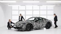 Porsche poodhalilo novou generaci 911. Dočkáme se i hybridu a autonomního řízení? - anotační foto