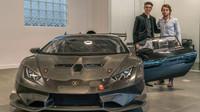 První Lamborghini Huracan Super Trofeo Evo v USA dostal 14-letý závodník