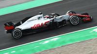 Romain Grosjean při prvních předsezonních testech v Barceloně