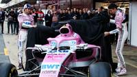 Sergio Péreza a Esteban Ocon představují nový vůz Force India VJM11 - Mercedes
