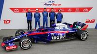 Tým Toro Rosso představuje nový vůz Toro Rosso STR13 - Honda v Barceloně