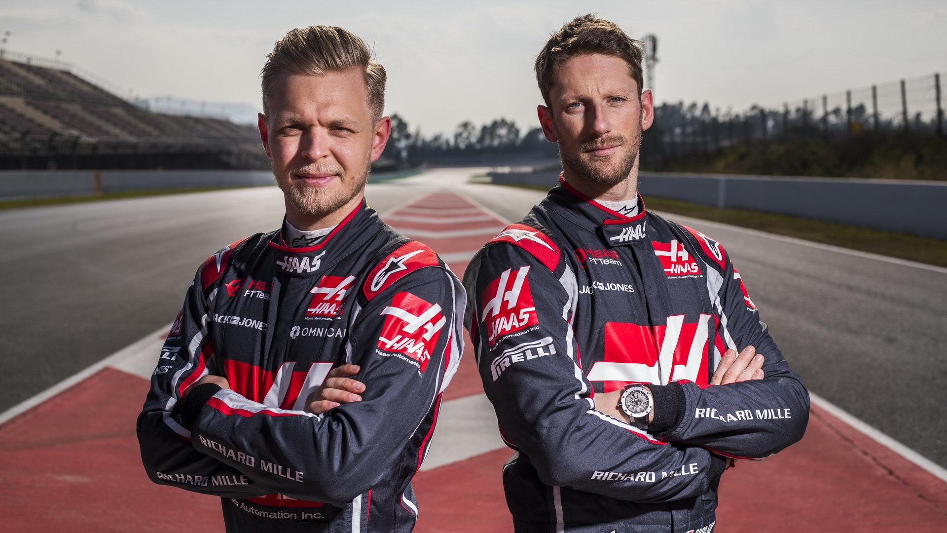 V sezóně 2019 budou barvy amerického týmu opět hájit Kevin Magnussen a Romain Grosjean