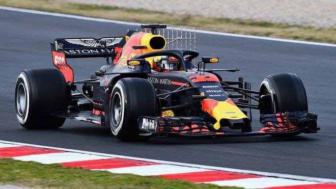 Max Verstappen během testů v Barceloně