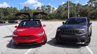 Jeep Grand Cherokee Trackhawk vs. Tesla Model X
