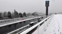 Sníh ve středu zaskočil týmy v Barceloně