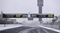 Sníh narušil předsezónní testy v Barceloně