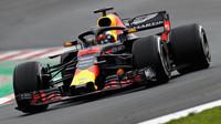 Max Verstappen poslední den prvních předsezonních testů v Barceloně