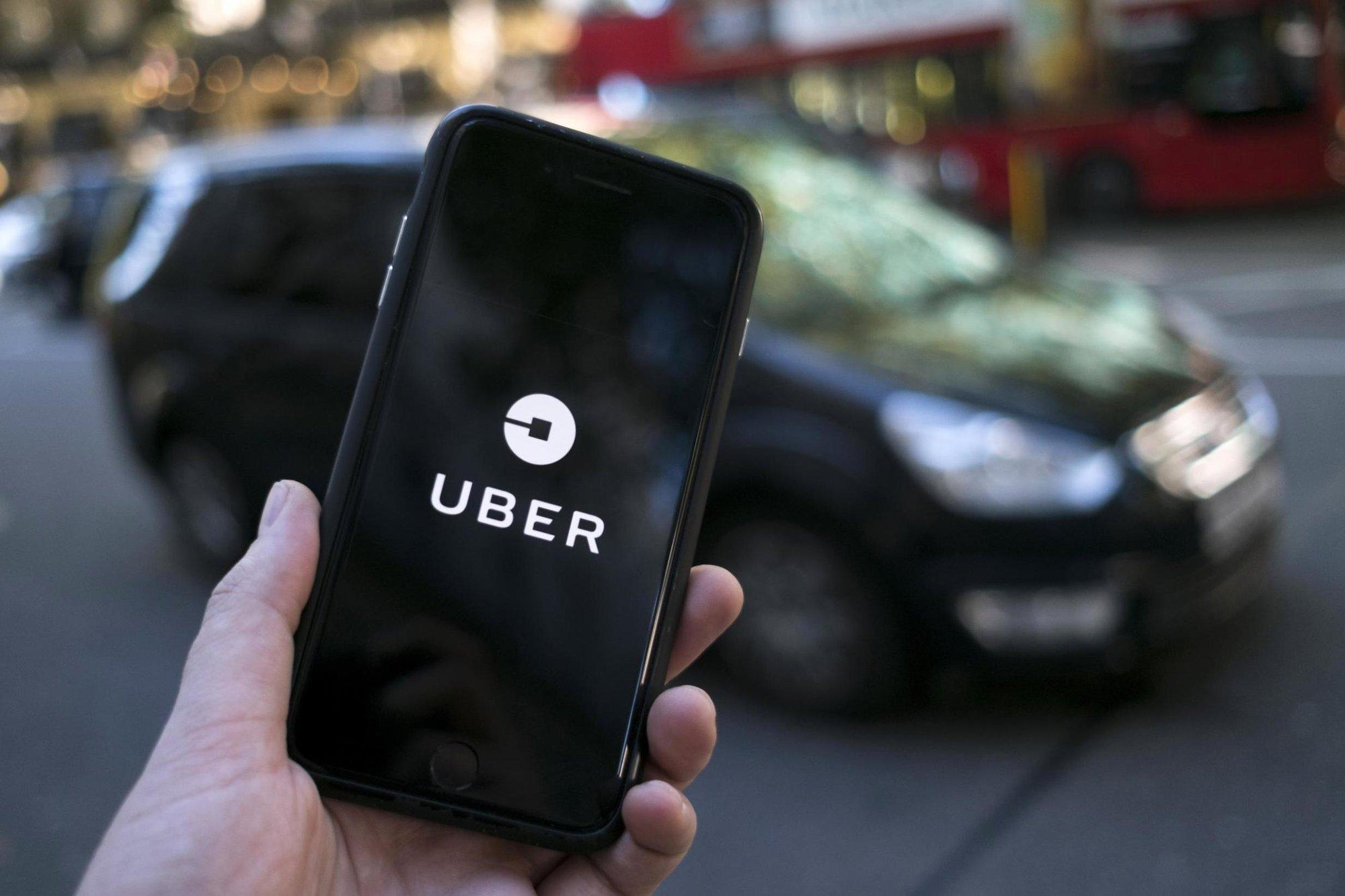 Nová jednoduše fungující aplikace Uberu zvyšuje bezpečnost pasažérů - anotační obrázek
