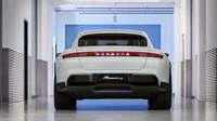 Koncept Porsche Mission E Cross Turismo