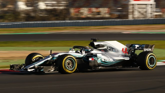 Lewis Hamilton je s Mercedesem ve formě