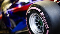 Hyper-měkká směs Pirelli v druhých předsezonních testech v Barceloně