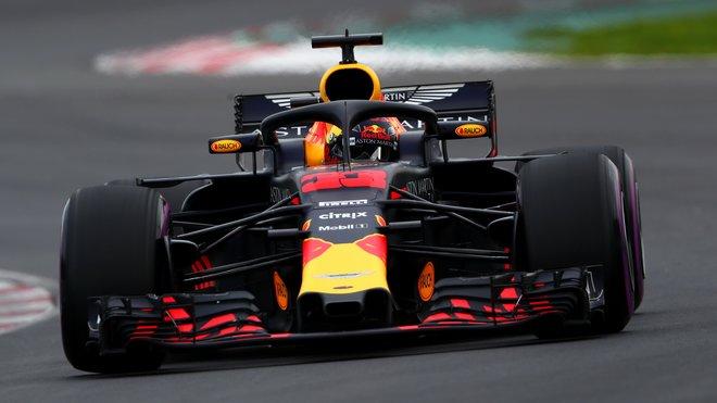 Kolik bude Red Bull ztrácet na Mercedes?