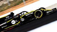 Carlos Sainz v druhých předsezonních testech v Barceloně