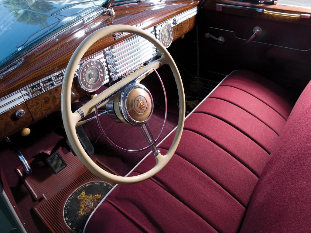 1946 Packard Clipper Touring Sedan