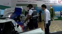 Dubajští záchranáři mají k dispozici speciální sanitku, která je schopná vyvinou rychlost až 300 km/h