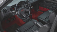 Pancéřovaný Peugeot 205 GTI