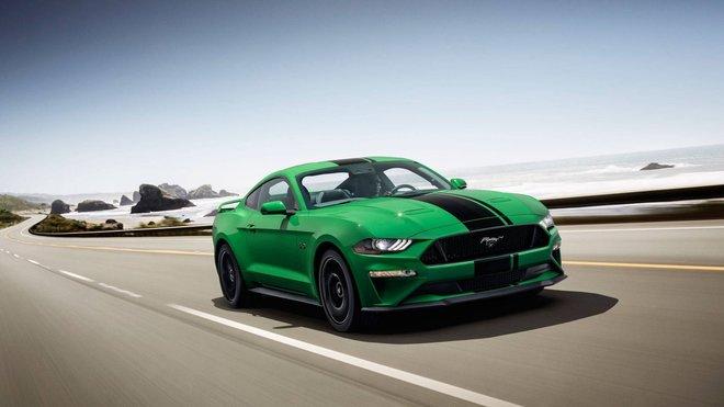 """Ford Mustang v nové barvě """"Need For Green"""""""