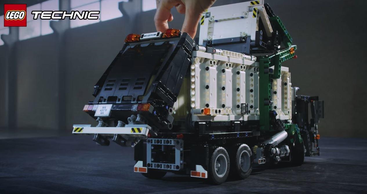 Stavebnice Lego Technic Mack Anthem