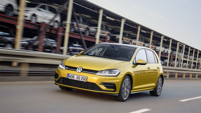 Volkswagen představil Golf s novou revoluční jednotkou 1.5 TSI ACT Bluemotion