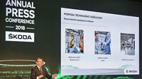 Bohdan Wojnar, člen představenstva Škoda Auto za oblast řízení lidských zdrojů, na Výroční tiskové konferenci ŠKODA AUTO 2018.