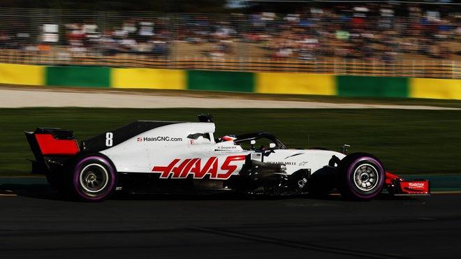 Romain Grosjean při pátečním tréninku v Melbourne v Austrálii