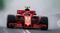 Kimi Räikkönen v kvalifikaci v Melbourne v Austrálii