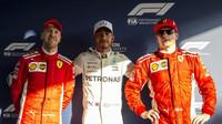 Lewis Hamilton má pole position, za nám Kimi Räikkönen a Sebastian Vettel v kvalifikaci v Melbourne v Austrálii