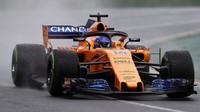 Fernando Alonso v kvalifikaci v Melbourne v Austrálii