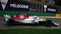 Charles Leclerc v kvalifikaci v Melbourne v Austrálii
