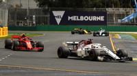 Marcus Ericsson a Kimi v kvalifikaci v Melbourne v Austrálii