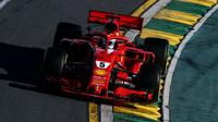 Sebastian Vettel v závodě v Melbourne v Austrálii