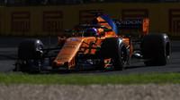 Fernando Alonso v závodě v Melbourne v Austrálii