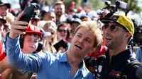 Rosberg: Ricciardo by se měl pro příští sezonu připojit k Ferrari - anotační foto