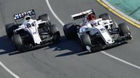 Charles Leclerc a Lance Stroll v závodě v Melbourne v Austrálii