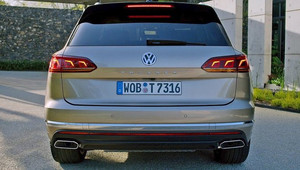 Volkswagen Touareg (2019) Ready to fight BMW X5
