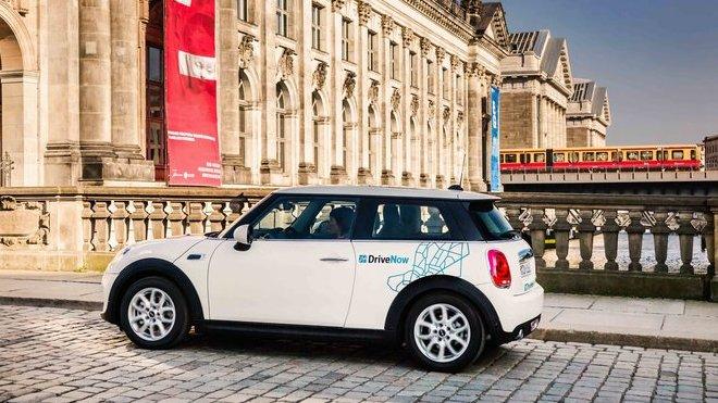 Vozy MINI jsou součástí programu sdílení vozidel DriveNow