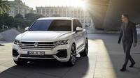 Čím překvapí nový VW Touareg? Asistent pro jízdu vdopravní koloně - anotační obrázek