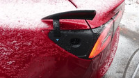 Tesla Model 3 přes noc pořádně zamrzla