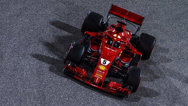 Sebastian Vettel má v sezóně zatím plný počet bodů