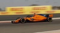 Fernando Alonso s McLarenem MCL33