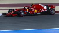 Kimi v závodě v Bahrajnu