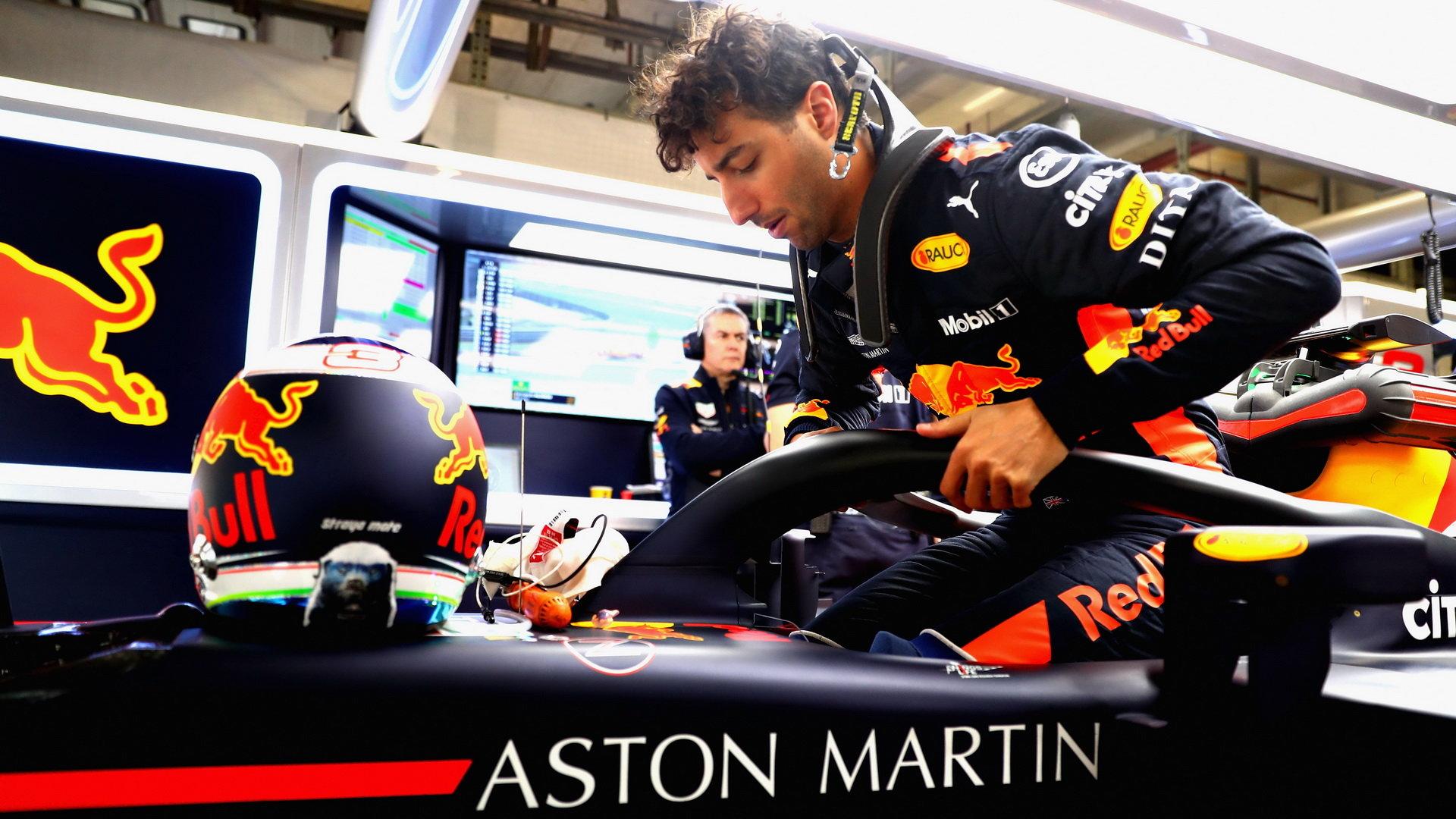 Daniel Ricciardo si v Číně připsal celkově šesté vítězství