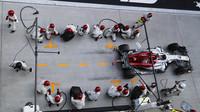 Sauber na vzestupu, v boxech opět nejrychlejší. Sirotkin odjel 96 % závodu na 1 sadě + STRATEGIE - anotační obrázek