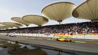 Fernando Alonso v závodě v Číně