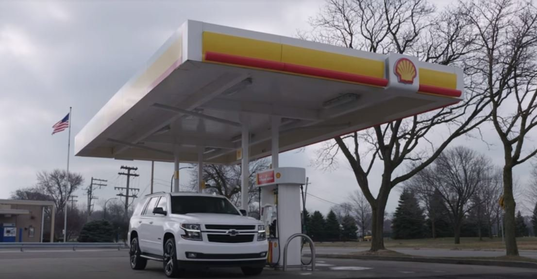 Prostřednictvím funkce Marketplace se dá v automobilech Chevrolet zaplatit palivo u společnosti Shell bez opuštění vozu