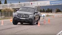 Mercedes-Benz X v losím testu
